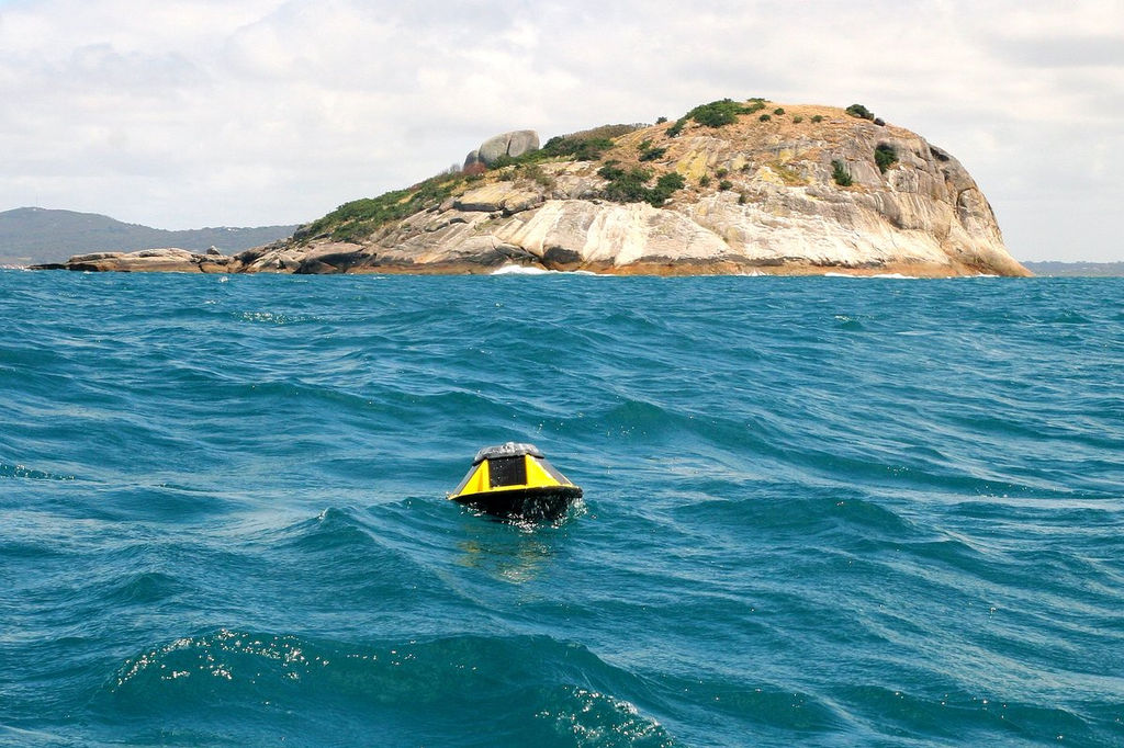 Photo showing Sofar Ocean wave buoy at King George Sound, Albany (Courtesy of Wave Energy Research Centre)