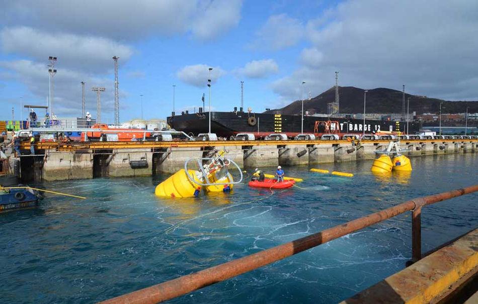 Illustration/Wavepiston, a Denmark-based company, deploying its wave energy system (Courtesy of Wavepiston)