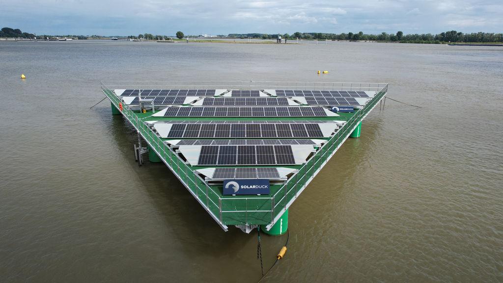 Photo showing SolarDuck's offshore floating solar solution, King Eider (Courtesy of SolarDuck)
