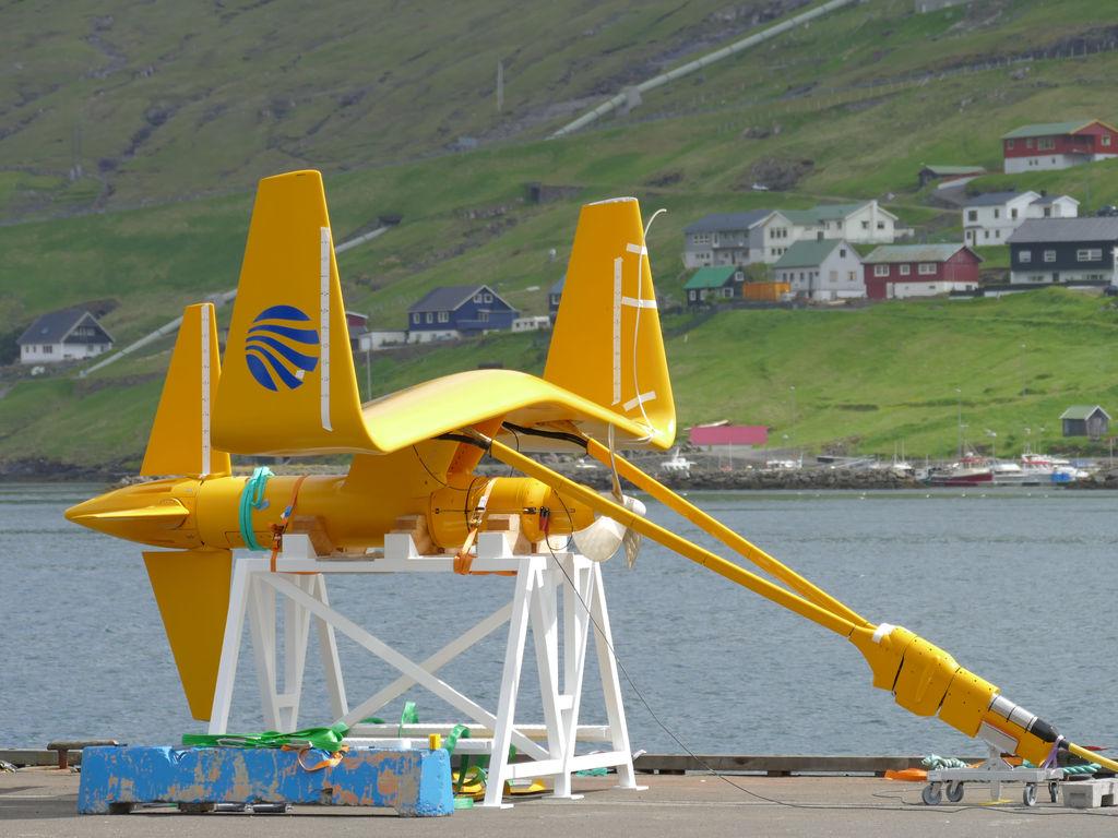 Photo showing Minesto's DG100 tidal kite in Faroe Islands (Courtesy of Minesto)