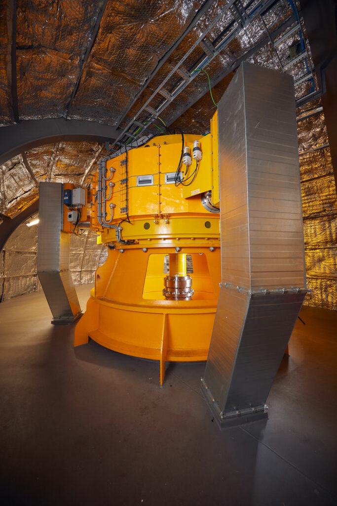 Photo showing Penguin's 600kW generator unit (Courtesy of Wello)
