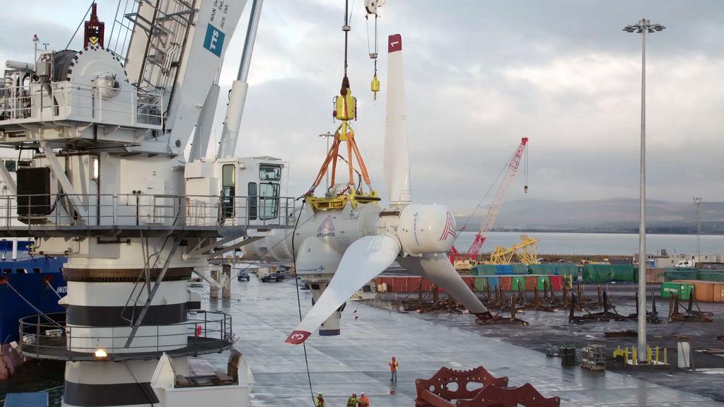Photo of SIMEC Atlantis' AR1500 tidal turbine used in MeyGen project (Courtesy of SIMEC Atlantis)