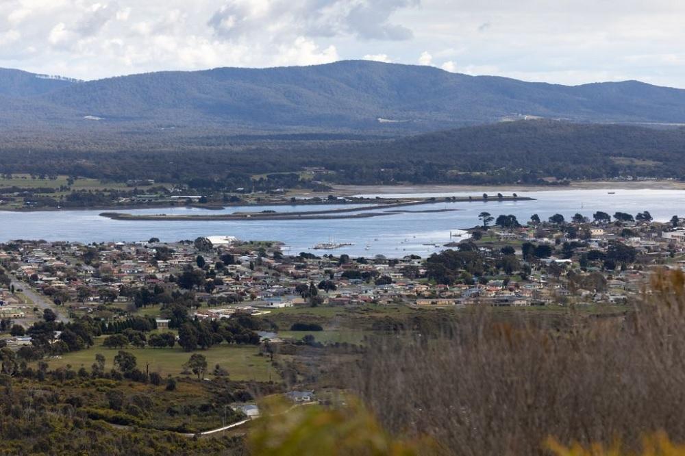 Origin Energy and J-POWER team up on green ammonia in Tasmania